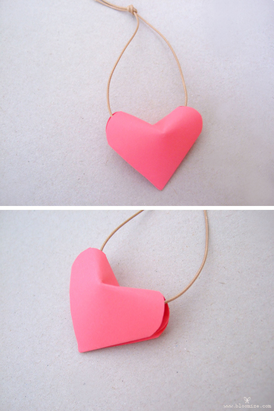How to make a 3D origami heart: page 1 | 840x560